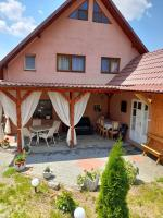 Casa-emy - Cazare in Praid -